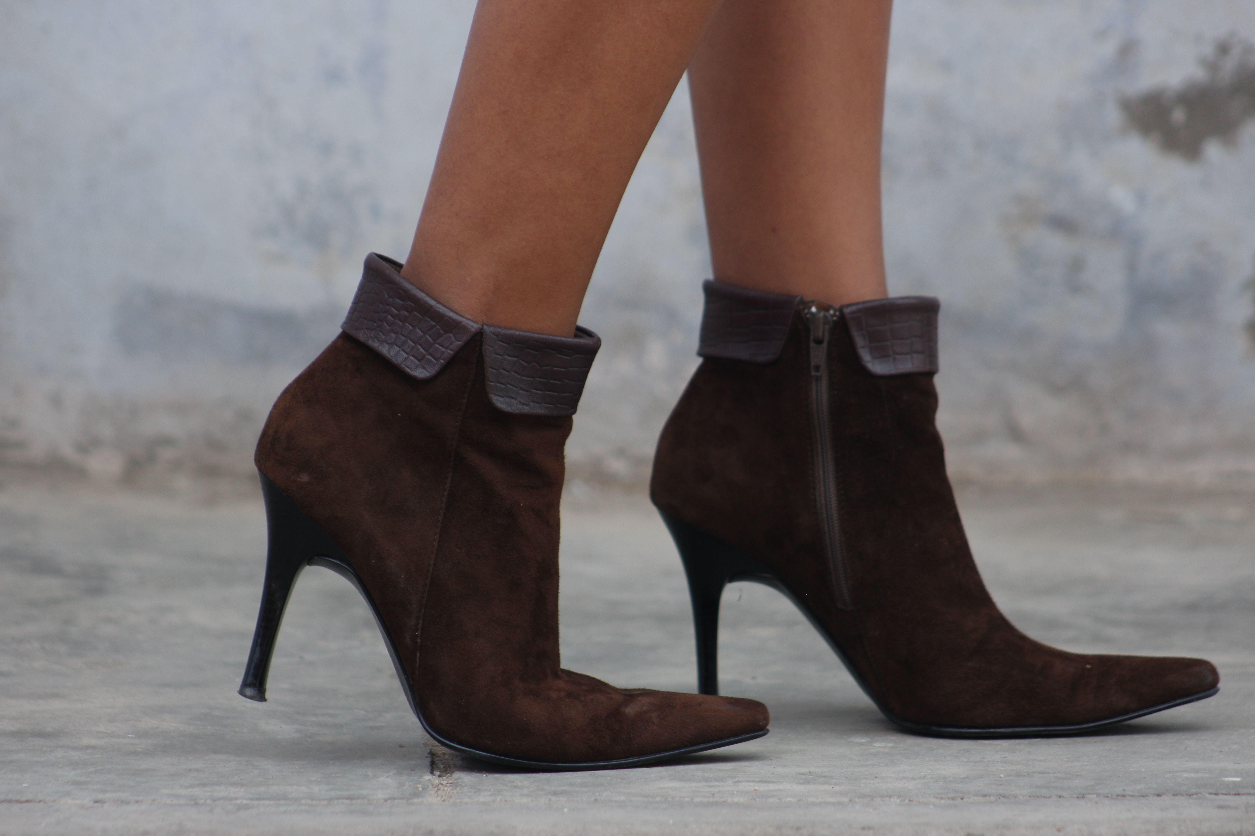 zapatos botines-Bruno Ferrini-imagen