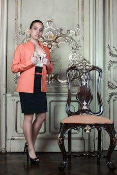 Saco naranja, tela tipo sastre, con 2 botones y forro (tiene pantalón conjunto) Talla S   foto 1