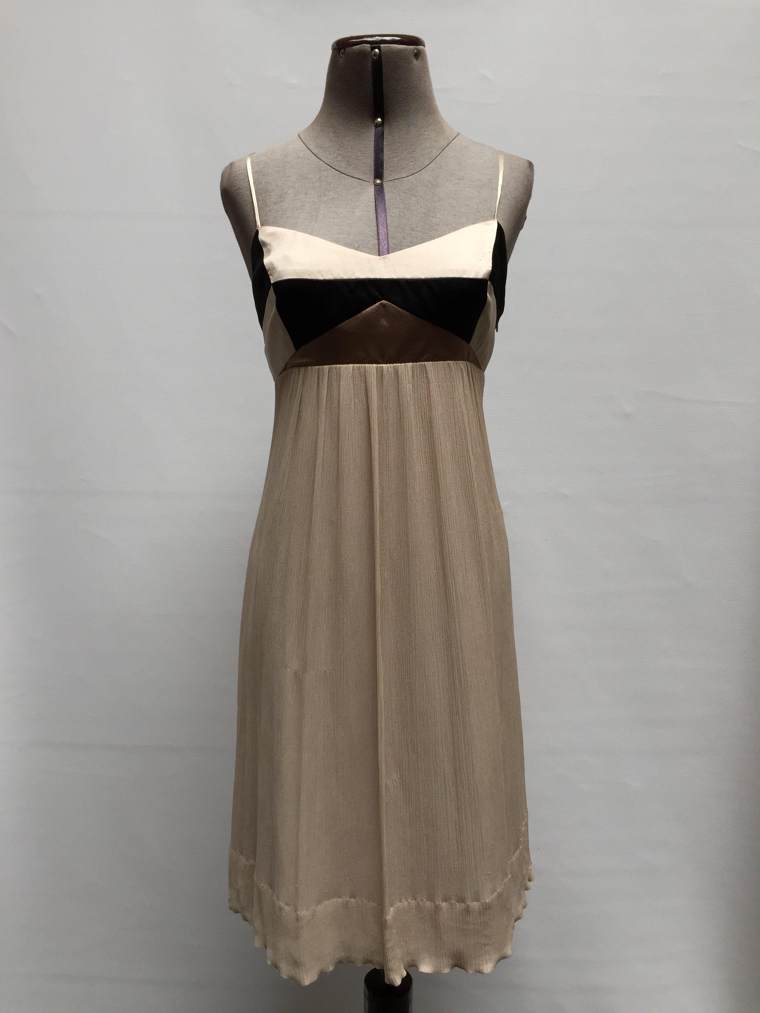 vestido-BCBGmaxazria-imagen
