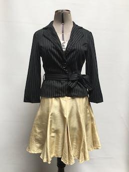Falda vintage AnnTjian for Kenna,  100% seda dorada, godet campana, cierre y botón posterior. Largo 50cm Talla XS/S (pretina 67cm) foto 1