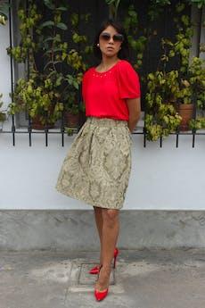 De uno de los mas famosos diseñadores de zapatos del mundo, Christian Louboutin. Zapatos 100 % cuero acharolado rojo en punta (precio original $500) Talla 37  foto 1