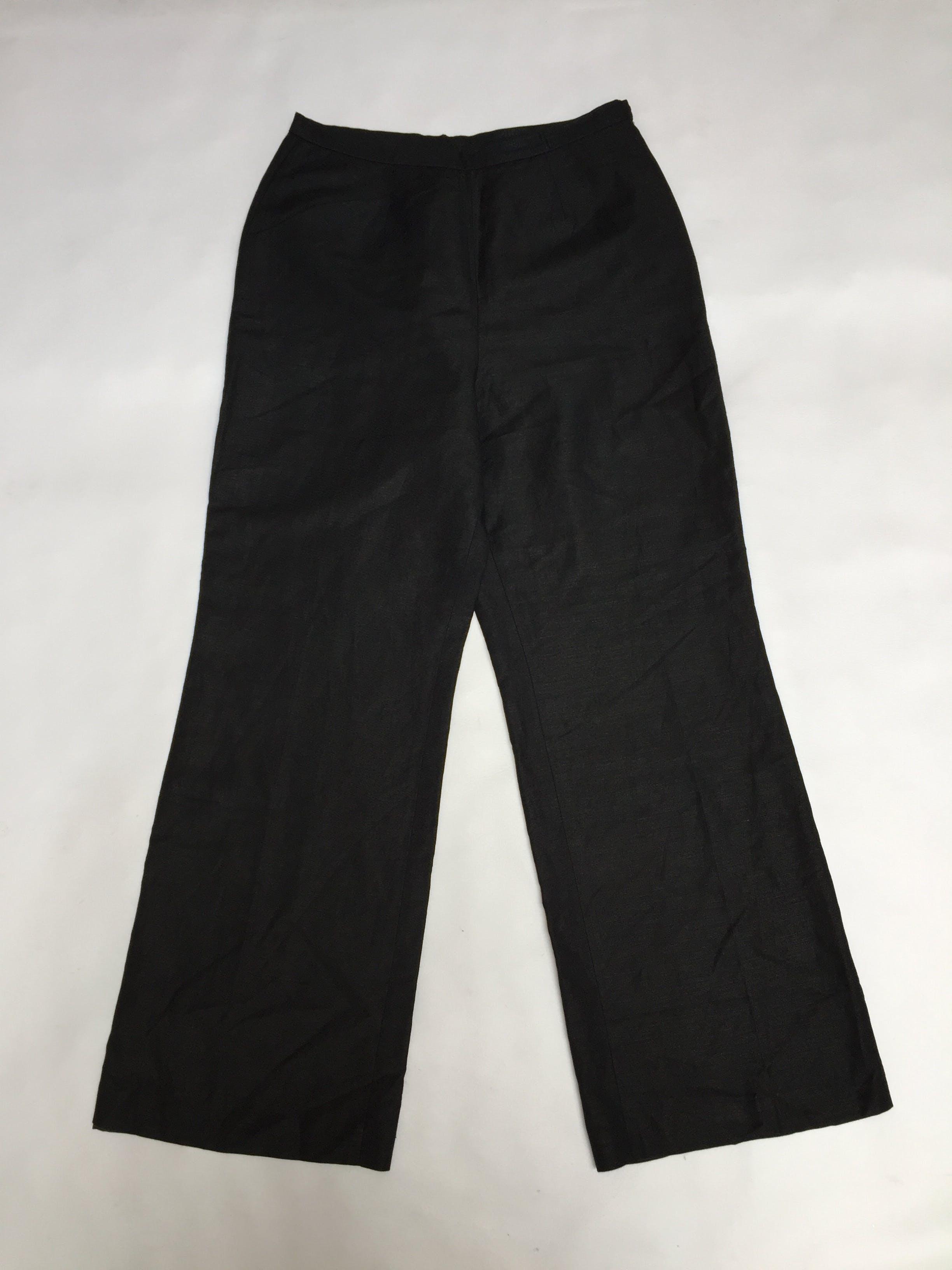 Pantalón vintage LeSuit, a la cintura, pierna recta, negro tipo sastre, 55% lino 45% rayon, forrado, con cierre lateral. Como nuevo! Talla M