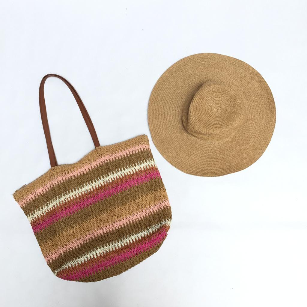 Sombrero de paja en forma circular. Lindo!