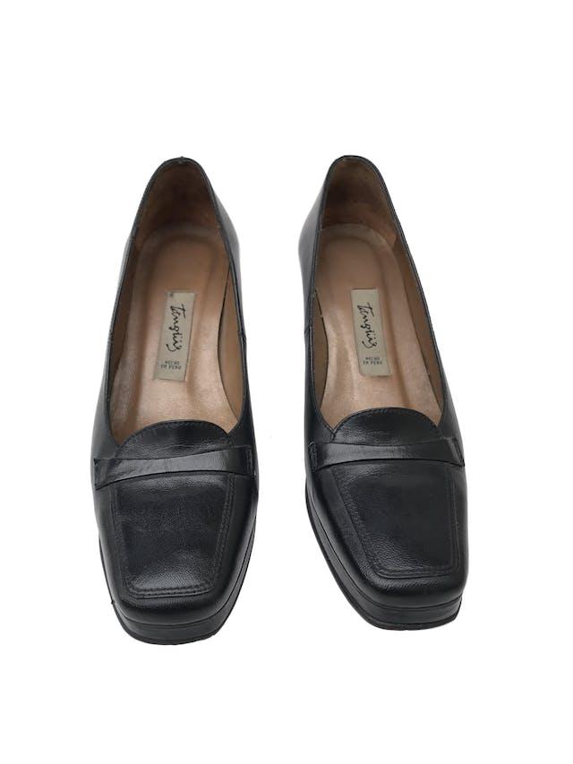 Zapatos Tanguis 100% cuero negro, taco 5. Estado 9/10. Precio original S/ 200 foto 2