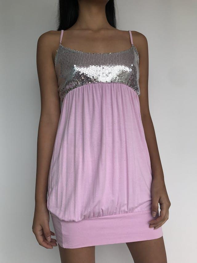 Polivestido globo, rosa con pecho de lentejuelas plateadas Talla S foto 1