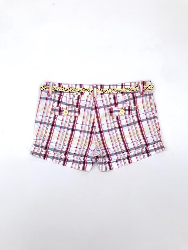 Short Only 100 % algodón a cuadros fucsia, amarillo y negro con correa trenzada  Talla 30  foto 2
