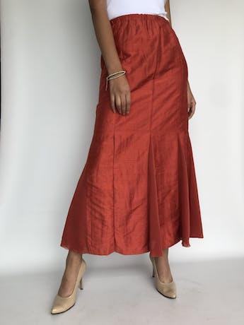 Maxi falda anaranjada, forrada, corte sirena con godets  Talllla M foto 2