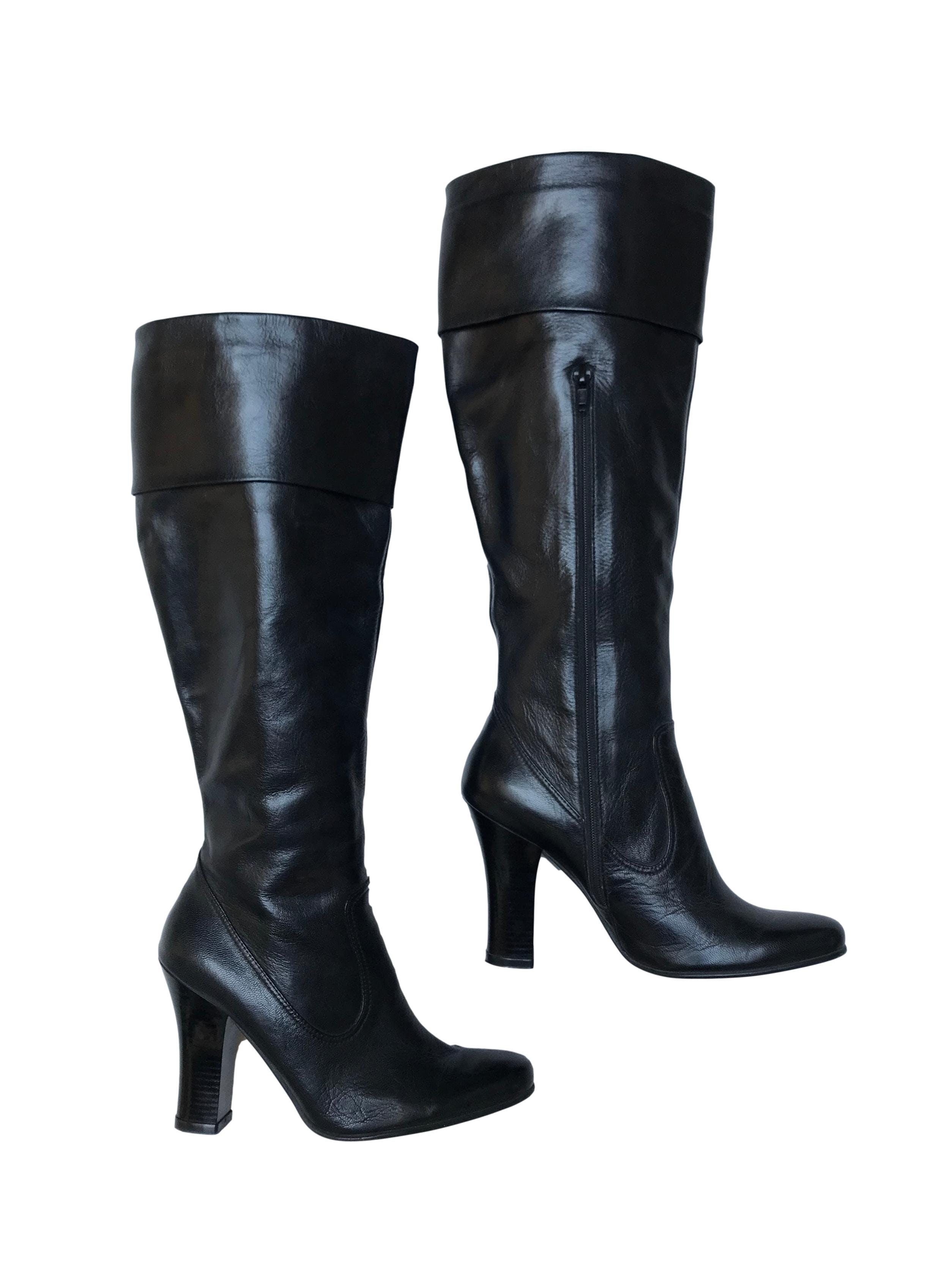 Botas Maripi 100% cuero negro con cierre lateral interno, taco 9cm, caña alta 35cm desde el talón. En perfecto estado 9.5/10