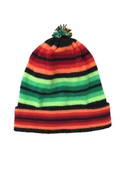 Gorro tejido en franjas verdes, anaranjadas y negras, pompom y dobladillo en la basta foto 1
