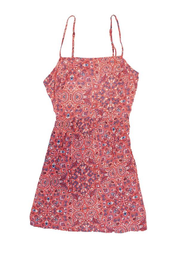 Vestido de tiritas rojo con estampado paisley azul y blanco, se amarra en la espalda. Largo desde sisa 62cm foto 1