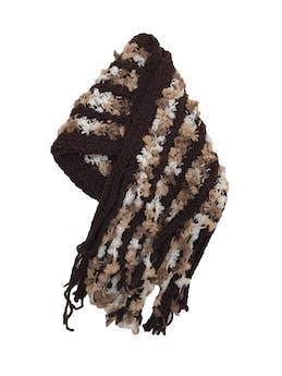 Chalina tejida en tonos marrones, con textura y flecos. 180x35cm foto 1