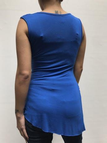 Polo largo azulino con drapeado, es stretch Talla S foto 2