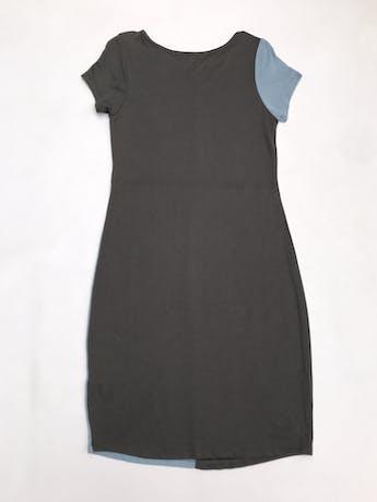Vestido de punto delgado, estilo patchwork gris y celeste. Largo 98cm foto 2