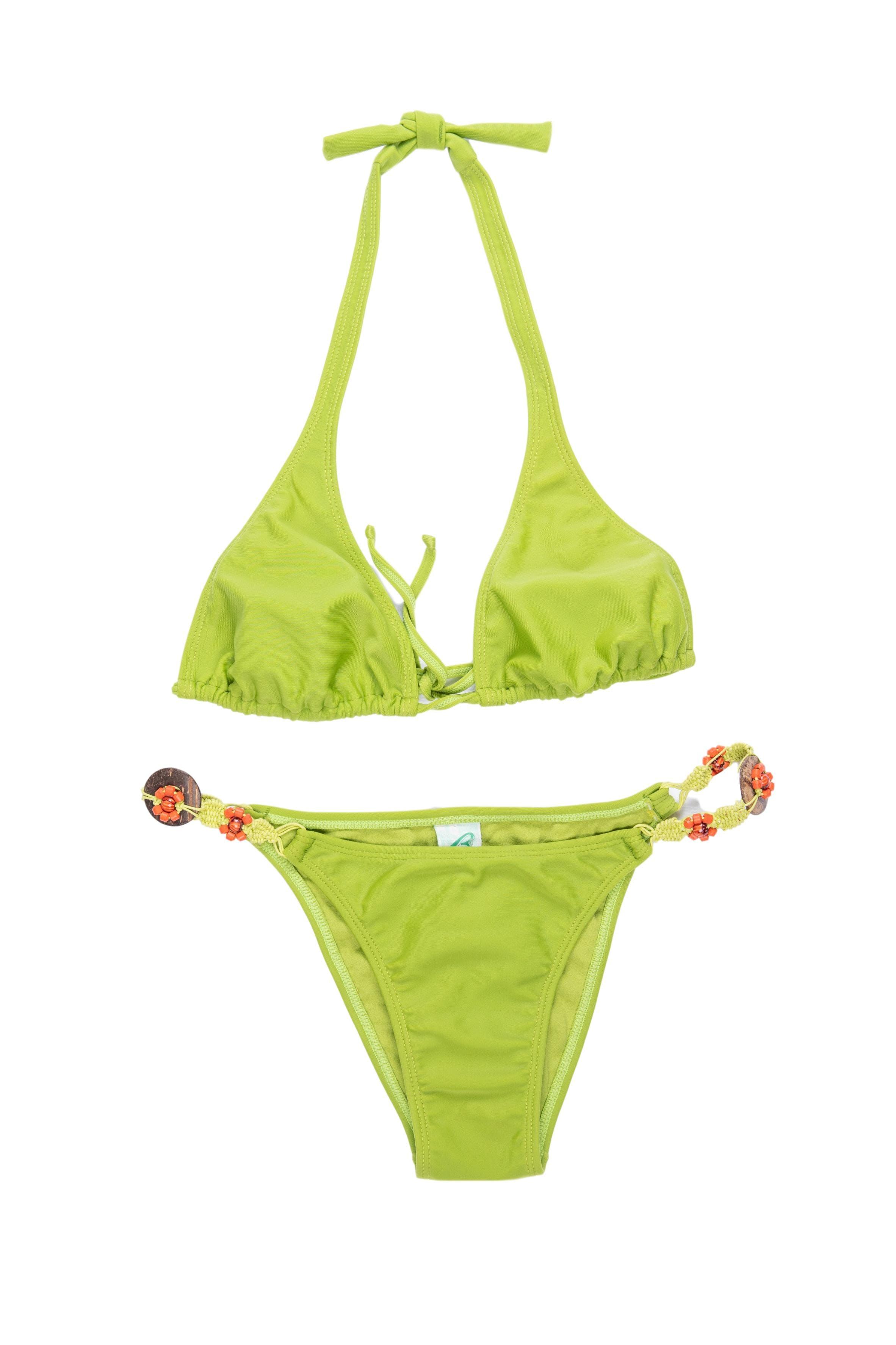 Bikini verde Bambu con tejido y cuentas de  de madera . Nuevo con etiqueta, precio original S/. 165