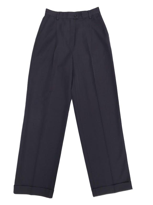Pantalón Sisley azul 45% lana, a la cintura con pierna ancha tipo palazzo y dobladillo en la basta. Hermoso! Precio original S/ 370 foto 1