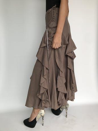 Falda larga marrón 100% algodón, con volantes y aplicaciones de tiras, con vuelo, botones laterales, lleva forro Talla M foto 2