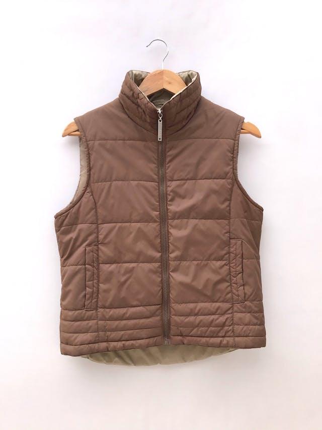 Chaleco marrón acolchado, con cierre, forrado, bolsillos laterales foto 1