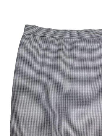 Falda recta con estampado pata de gallo blanco y negro, forrada, largo a la rodilla, con botón y cierre posterior foto 2