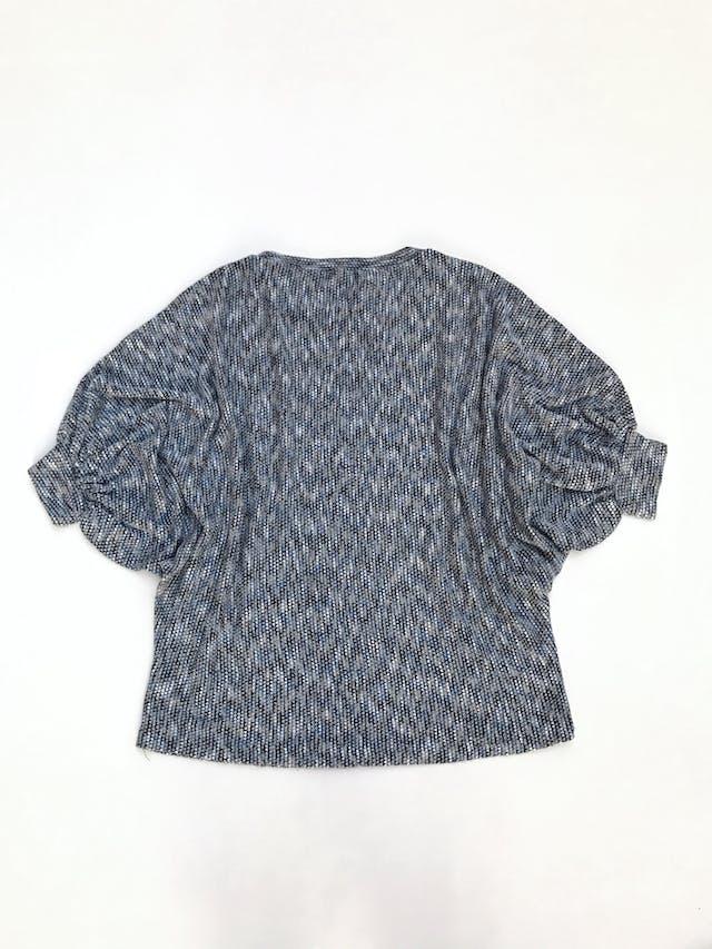 Chompa de hilo jaspeado azul y plomo, manga murciélago 3/4, suelta Talla M foto 2