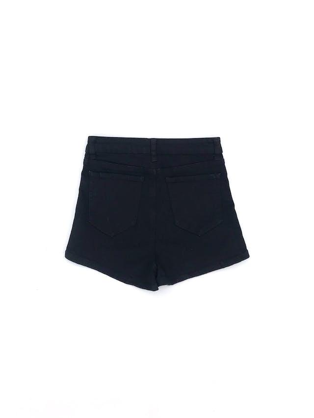 Short Hypnotic a la cintura, denim negro stretch, con franjas laterales amarillas y blancas. Cintura 66cm (sin estirar) Nuevo con etiqueta S/ 80 foto 2