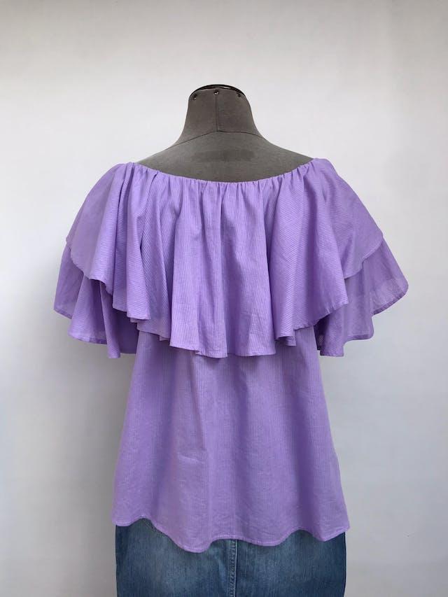 Blusa Bohem lila con rayas al tono, off shoulder con volantes, suelta, tela rica al tacto tipo algodón foto 2