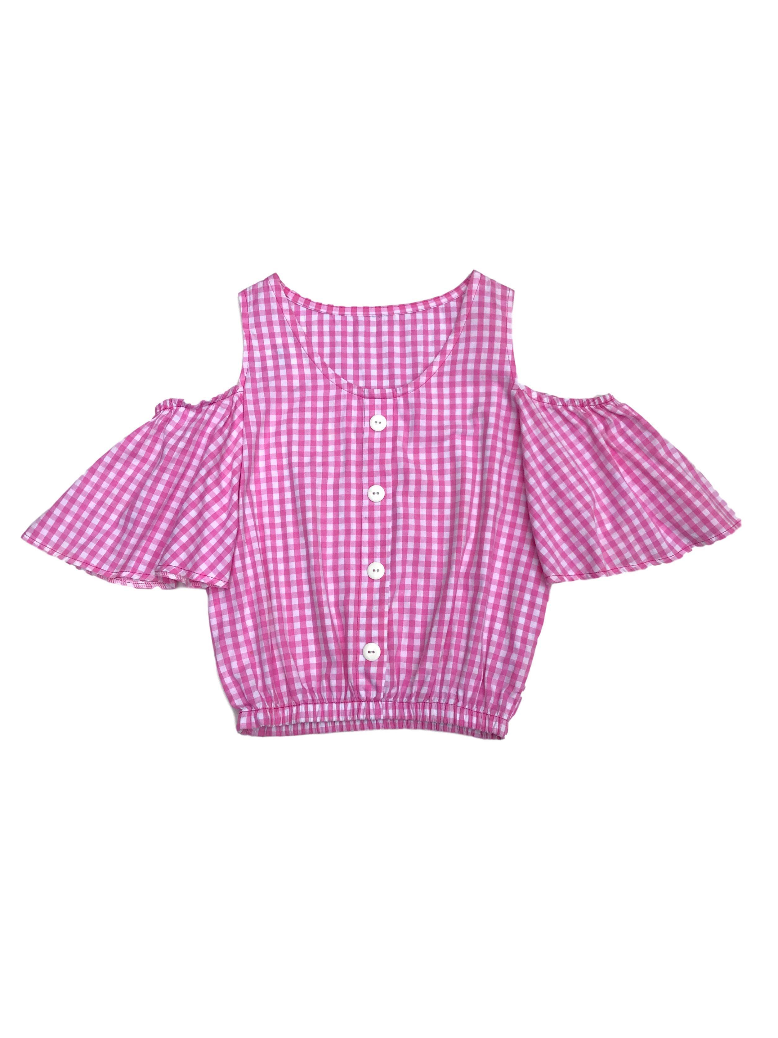 Blusa de vichy a cuadros blancos y rosados, calado en los hombros, elástico en las mangas y basta, botones en el centro