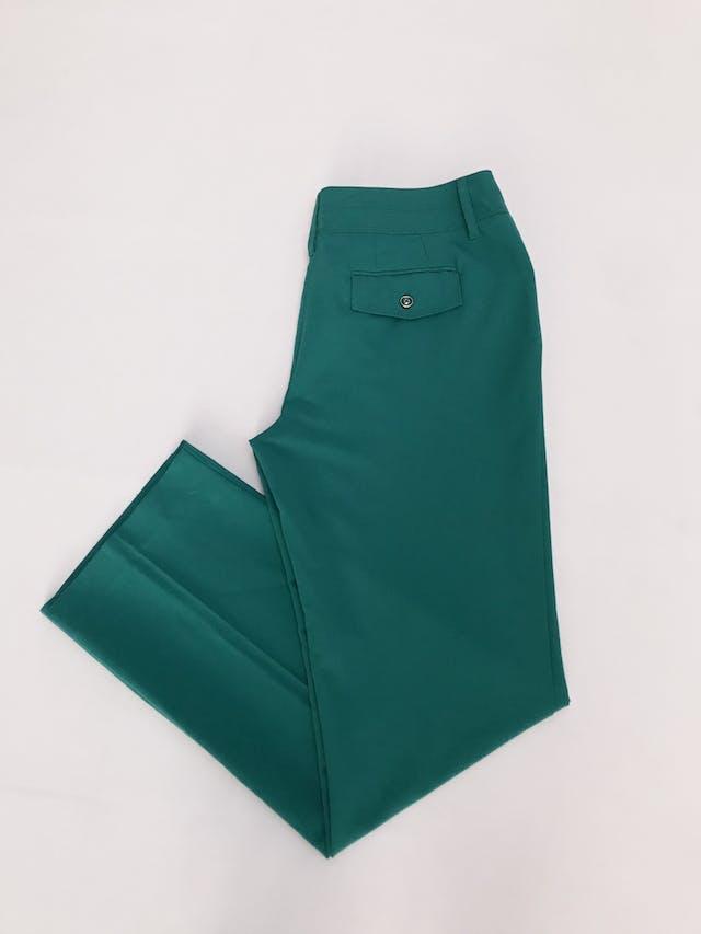 Pantalón verde jade, tela plana no stretch, 4 bolsillos, corte recto. Color hermoso Talla 32 (US10) foto 3