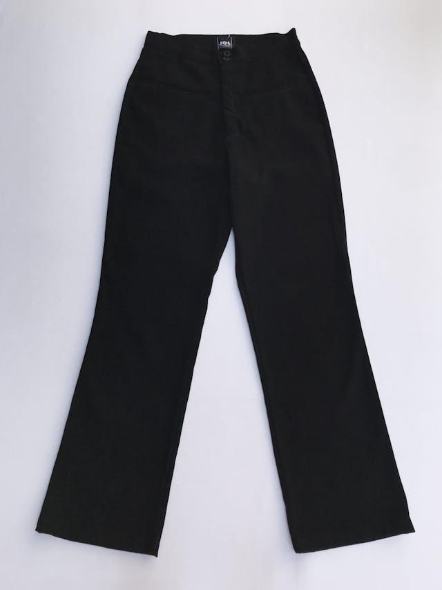 Pantalón vintage negro a la cintura, tela tipo pana, pretina delgada con dos botones, bolsillos delanteros y pinzas posteriores y pierna recta. ¡Lindo! Talla 26 foto 1