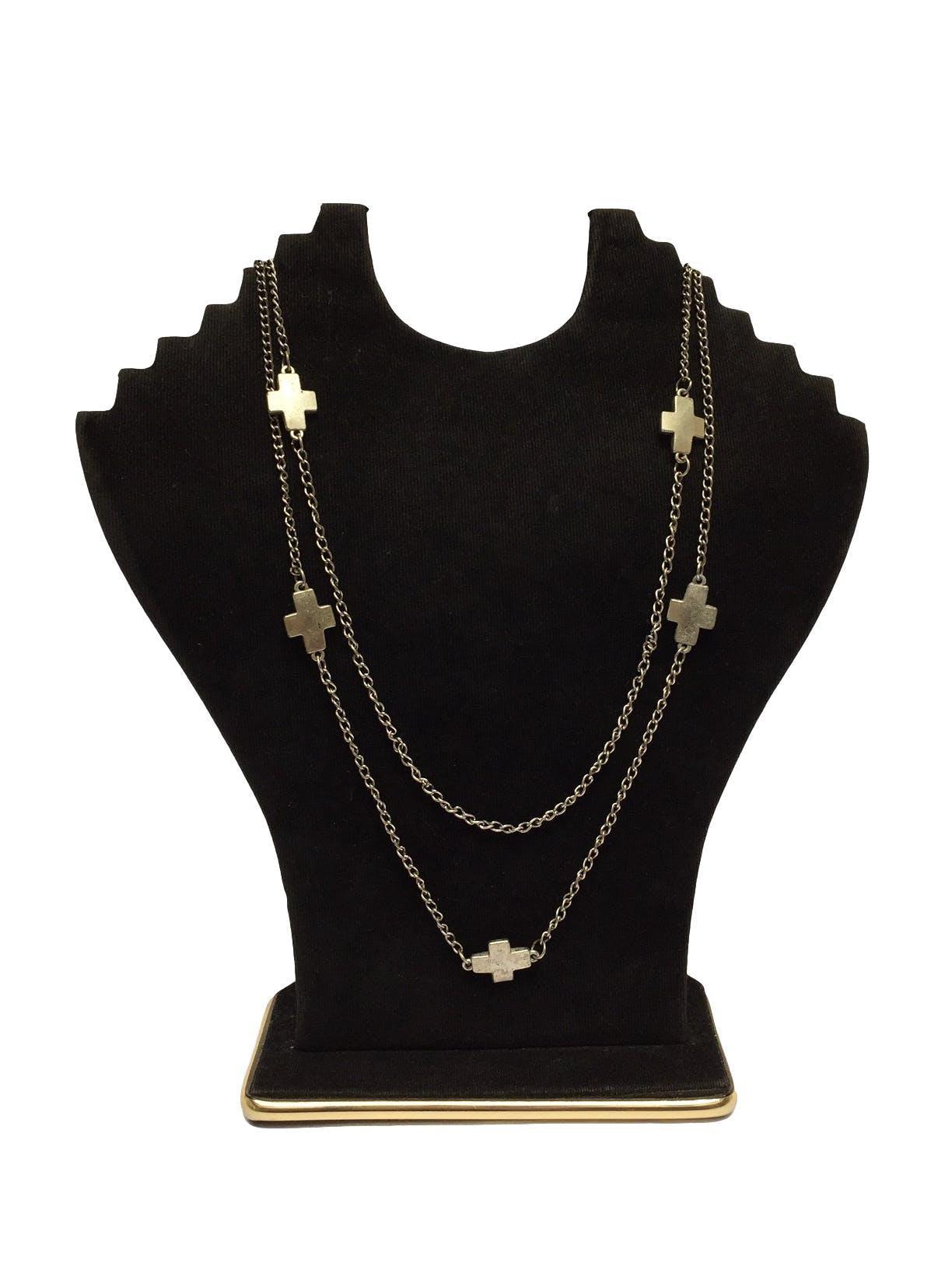 Maxi collar en dos tiempos, cadena plateada con dijes de cruces. Largo 78cm y 118cm