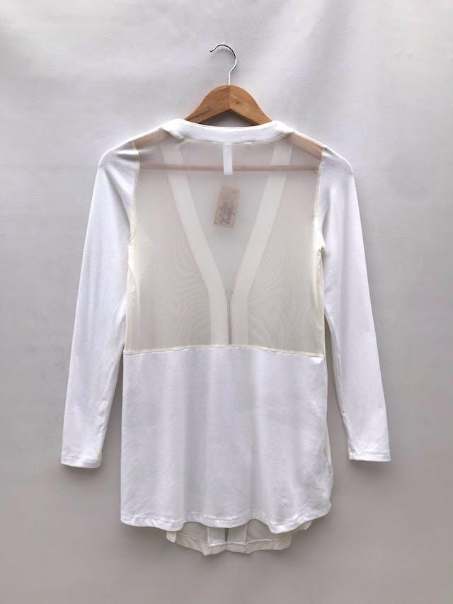 Cardigan crema de tul y algodón con cierre delantero foto 2
