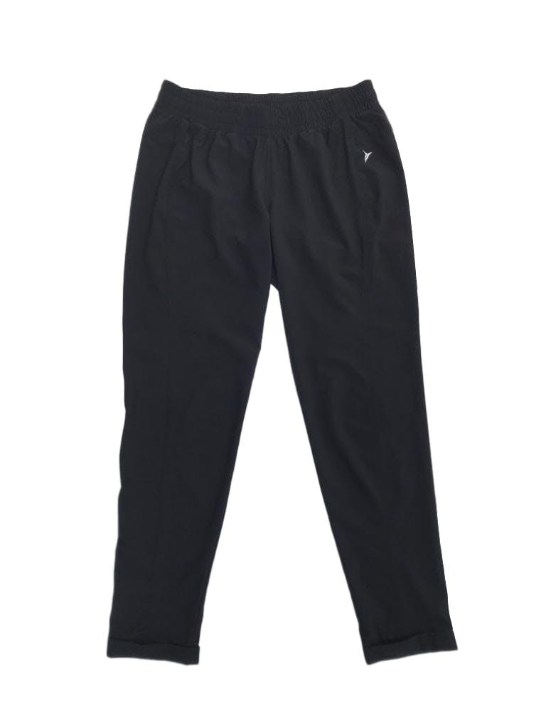 Jogger Old Navy, activewear, tela tipo taslan negro, pretina regulable con pasador y dobladillo en la basta. Precio original S/ 110