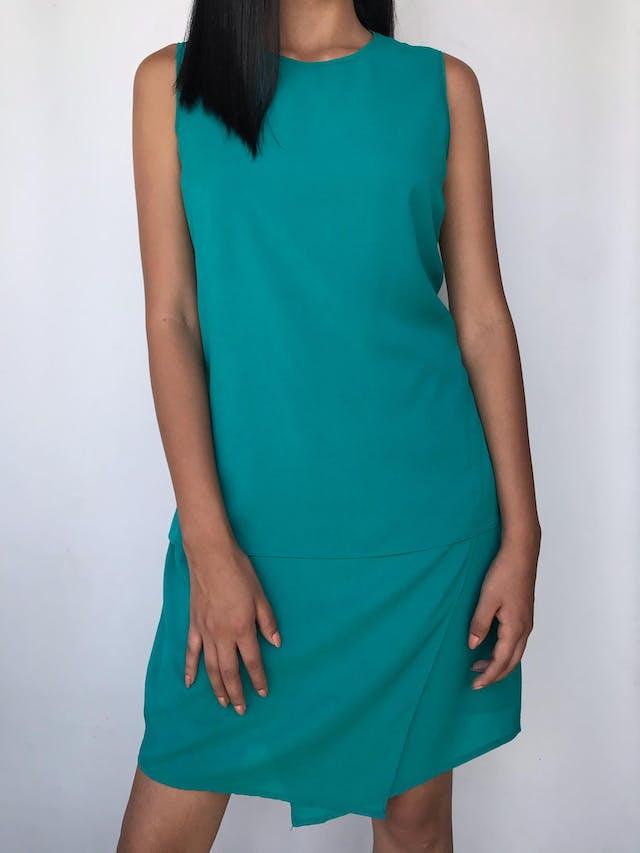 Vestido Sfera de gasa verde jade, forrado, basta en capas y cierre posterior Talla M 30 foto 1
