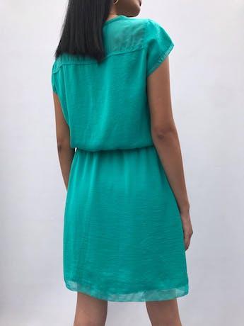 Vestido Trcc de gasa y tela plana verde jade, forrado, con elástico en la cintura Talla S (28-38) puede ser M chico  foto 2