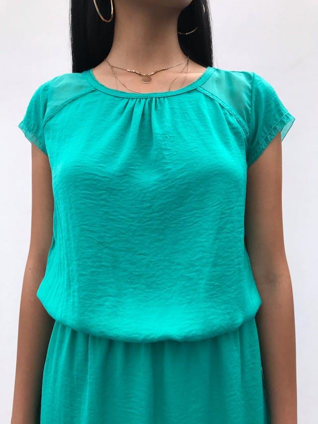 Vestido Trcc de gasa y tela plana verde jade, forrado, con elástico en la cintura Talla S (28-38) puede ser M chico  foto 3