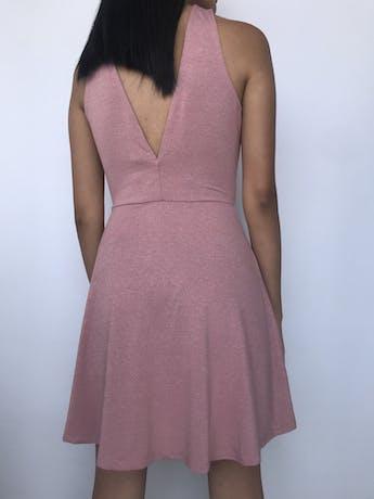 Vestido H&M palo rosa con brillo, corte a la cintura con falda con vuelo, escote en la espalda. Nuevo con etiqueta Talla S foto 2
