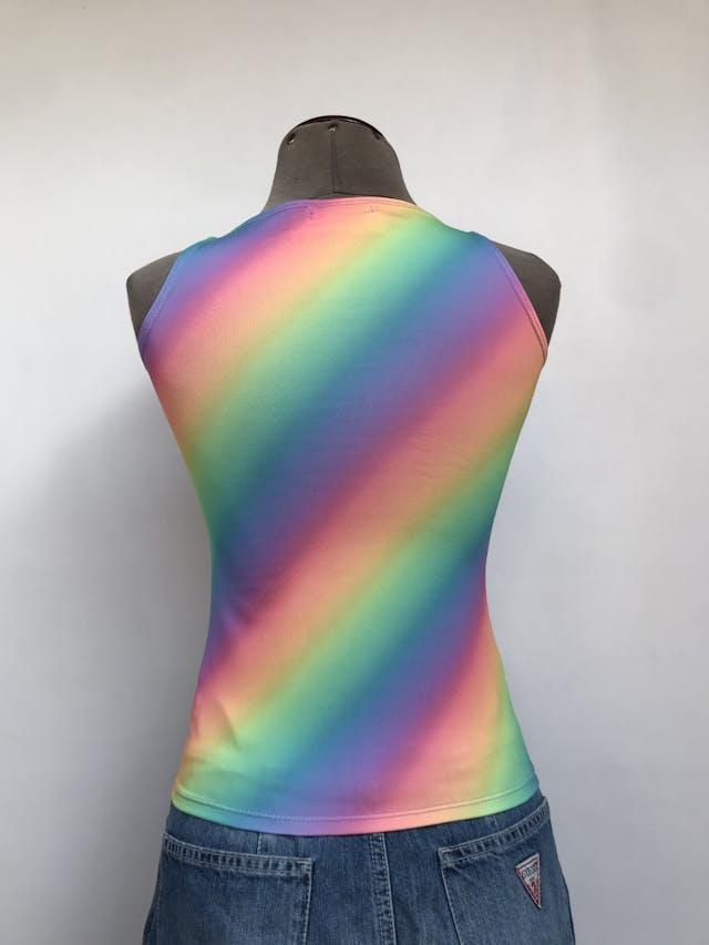 Polo manga cero con estampado multicolor en diagonal Talla S foto 2