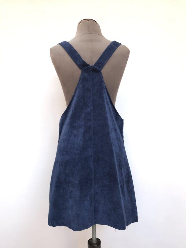 Vestido jumper de corduroy  azul, broches en tono bronce y bolsillo en el pecho Talla S foto 2