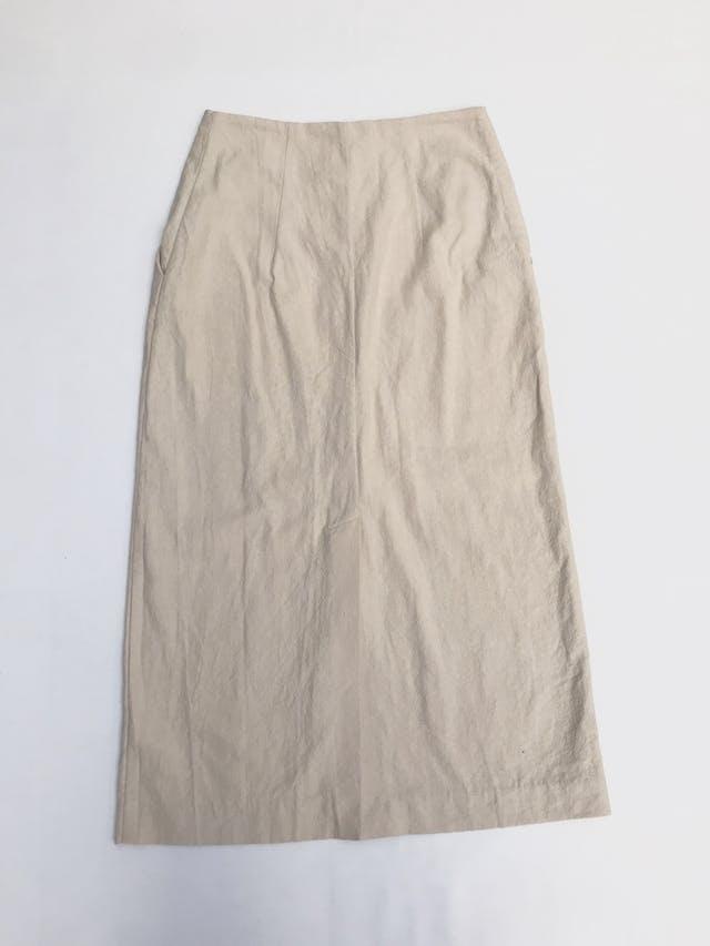 Falda larga H&M 54% lino 46% algodón crema, bolsillos laterales, fila de botones al centro y aberturas en la basta. Precio original S/ 170 Largo 87cm Talla S foto 2