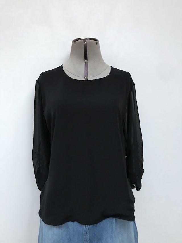 Blusa de gasa negra, doble capa de tela delantera, escote caído posterior, mangas 3/4 drapeadas Talla S foto 1