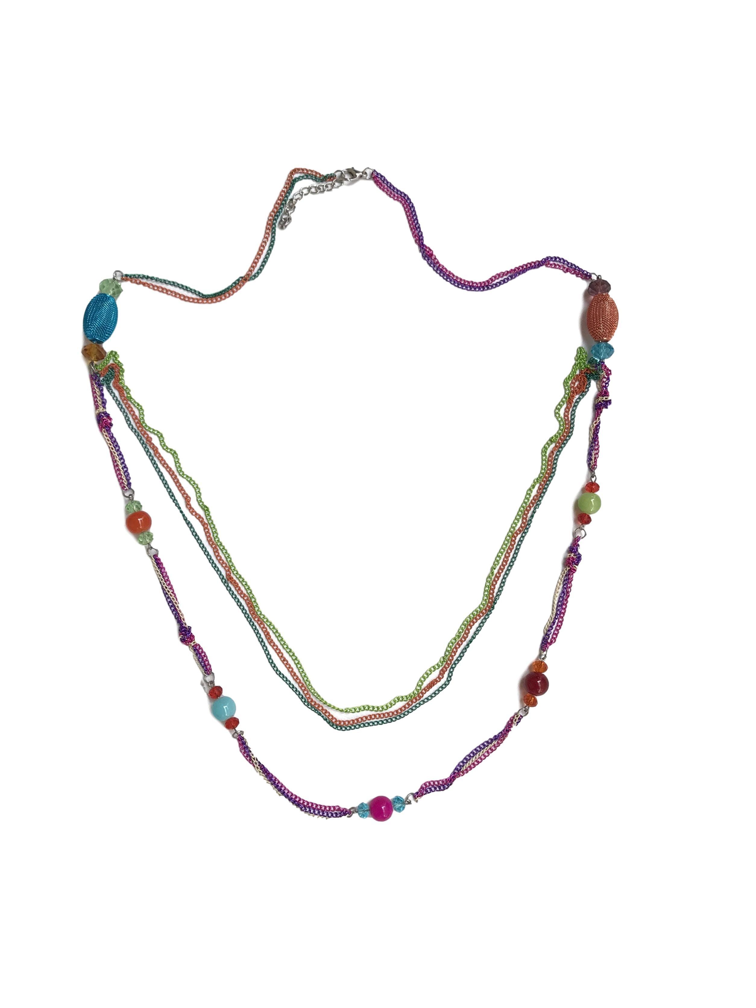 Maxi collar de cadenas y cuentas multicolores. Largo 95cm (+6cm regulables)