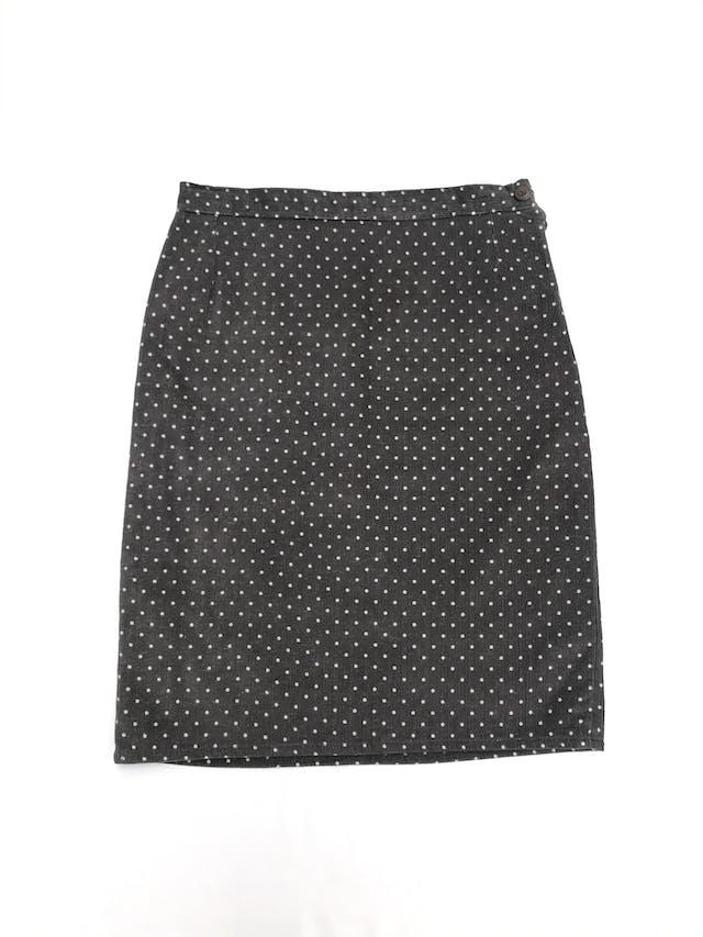 Falda de corduroy gris con dots blancos, pretina delgada con botón y cierre lateral, lleva forro. Largo 57cm Talla S foto 1