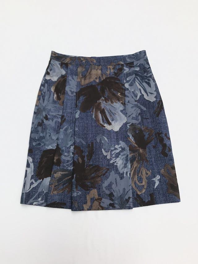 Falda vintage azul con estampado de hojas en tonos grises y marrones, forrada, tableado delantero y botón/cierre posterior. Única! Largo 56cm Talla S  foto 1