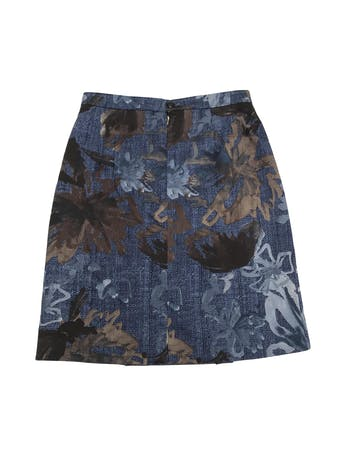 Falda vintage azul con estampado de hojas en tonos grises y marrones, forrada, tableado delantero y botón/cierre posterior. Única! Largo 56cm Cintura 76. Talla S  foto 2
