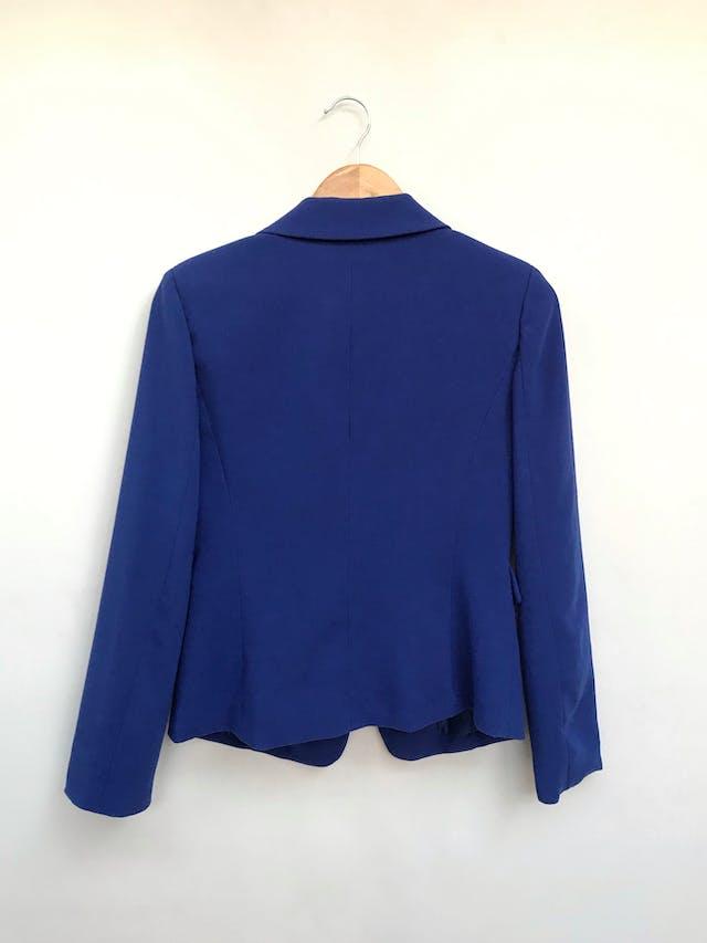 Blazer Forever21 azul, de un solo botón dorado, forrado Talla M foto 2