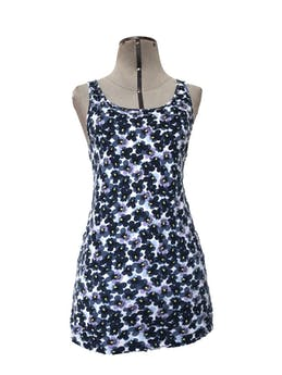 BVD blanco con estampado de flores azules y moradas, tela tipo algodón Talla S foto 1