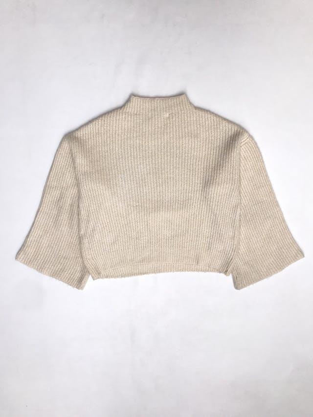 """Chompa Mango tejido crema con estampado """"don´t hide"""", cuello alto, mangas anchas, ancha estilo oversized. Precio original S/ 250 foto 3"""