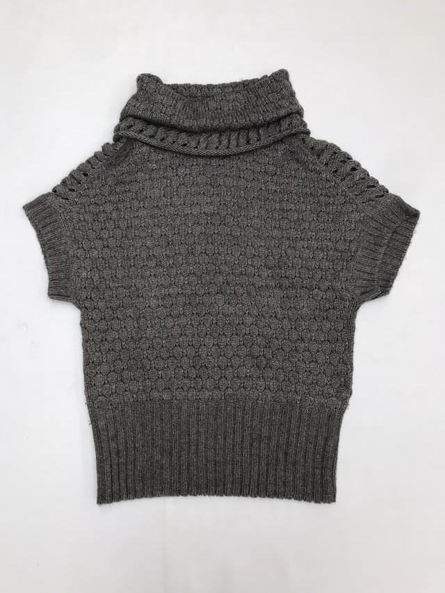 Chompa gris 30% lana, manga murciélago, cuello tortuga y pretina ancha foto 1