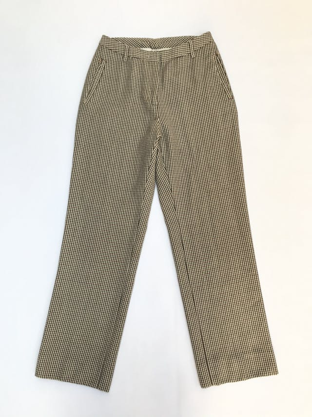 Pantalón Benetton 100% lana a cuadritos amarillos, fucsia y negros, corte recto, bolsillos laterales. Precio original S/ 270 foto 1
