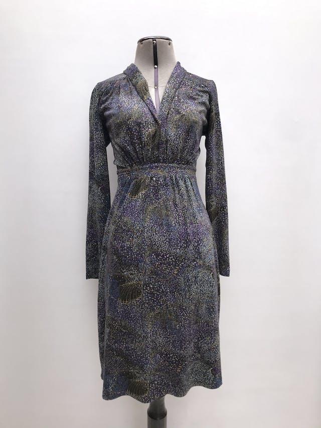 Vestido Mentha&chocolate tela tipo algodón, escote en V, se amarra atrás. Largo 100cm. Precio original S/ 220 foto 1