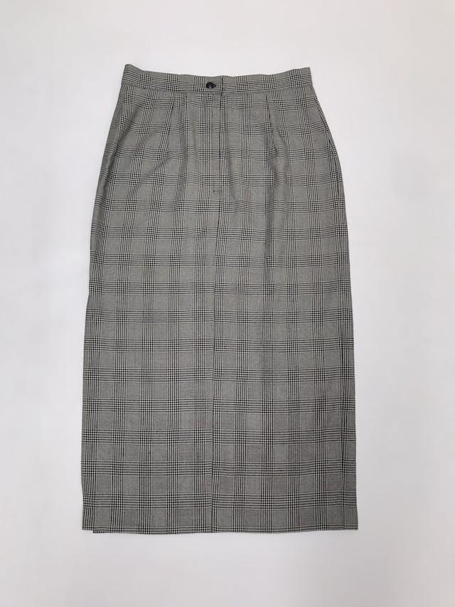 Falda larga príncipe de gales crema y negro, abertura lateral, cierre y botón posterior. Cintura 72cm Largo 82cm foto 3